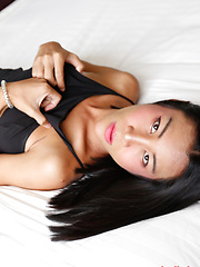 21 year old sexy Thai cums with with tourist